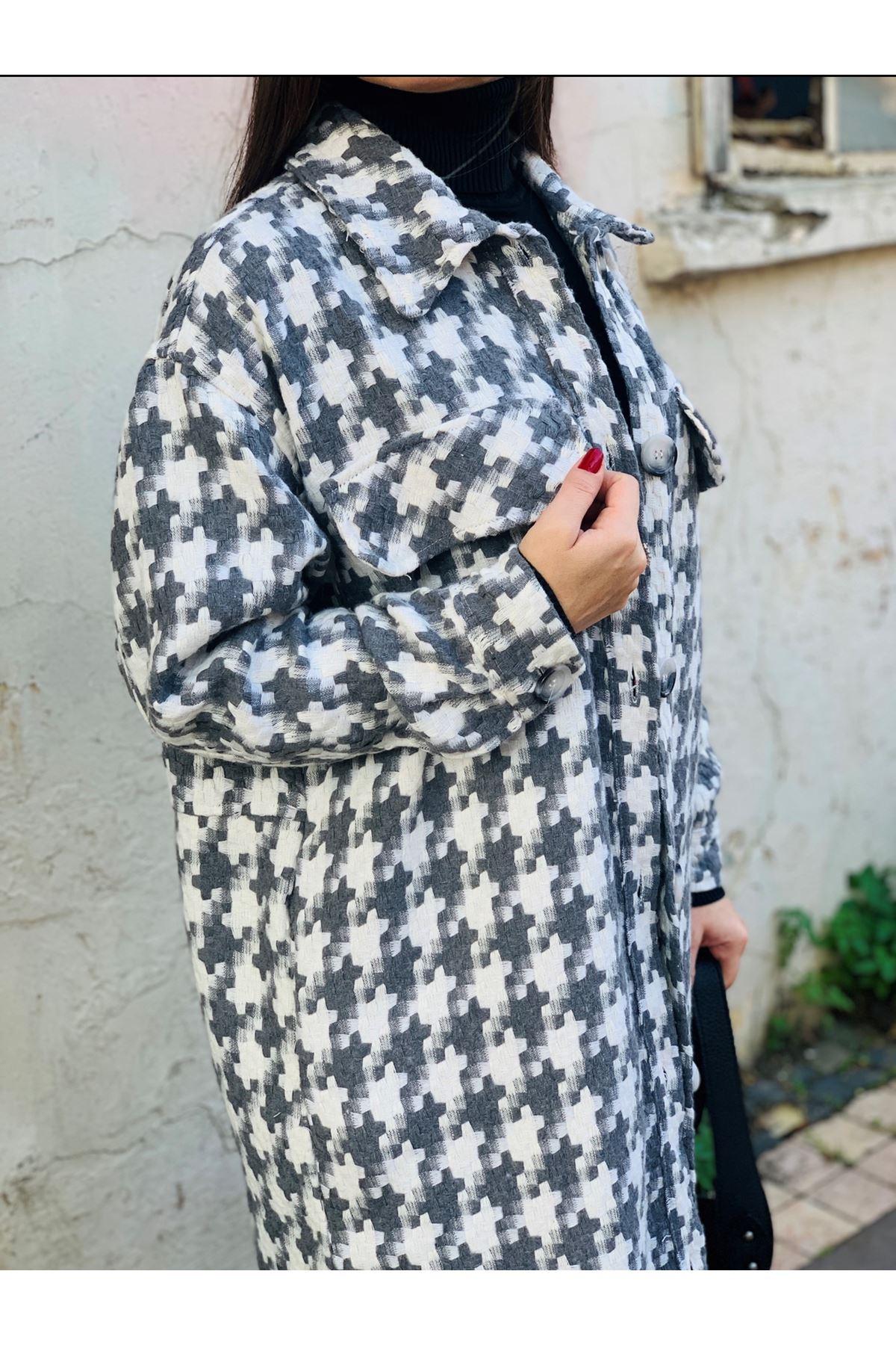 Kazayağı desen gri beyaz uzun ceket