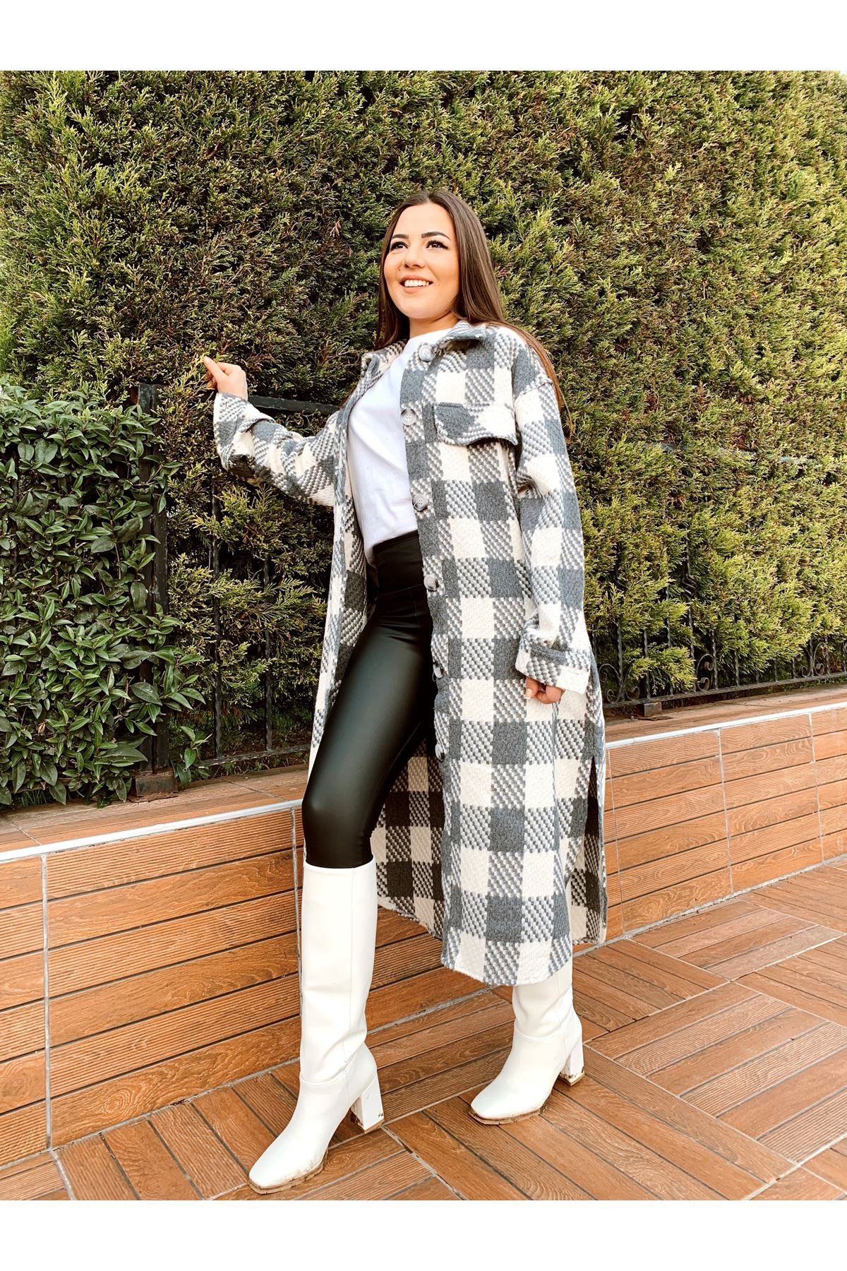 Ekose desen gri beyaz uzun ceket
