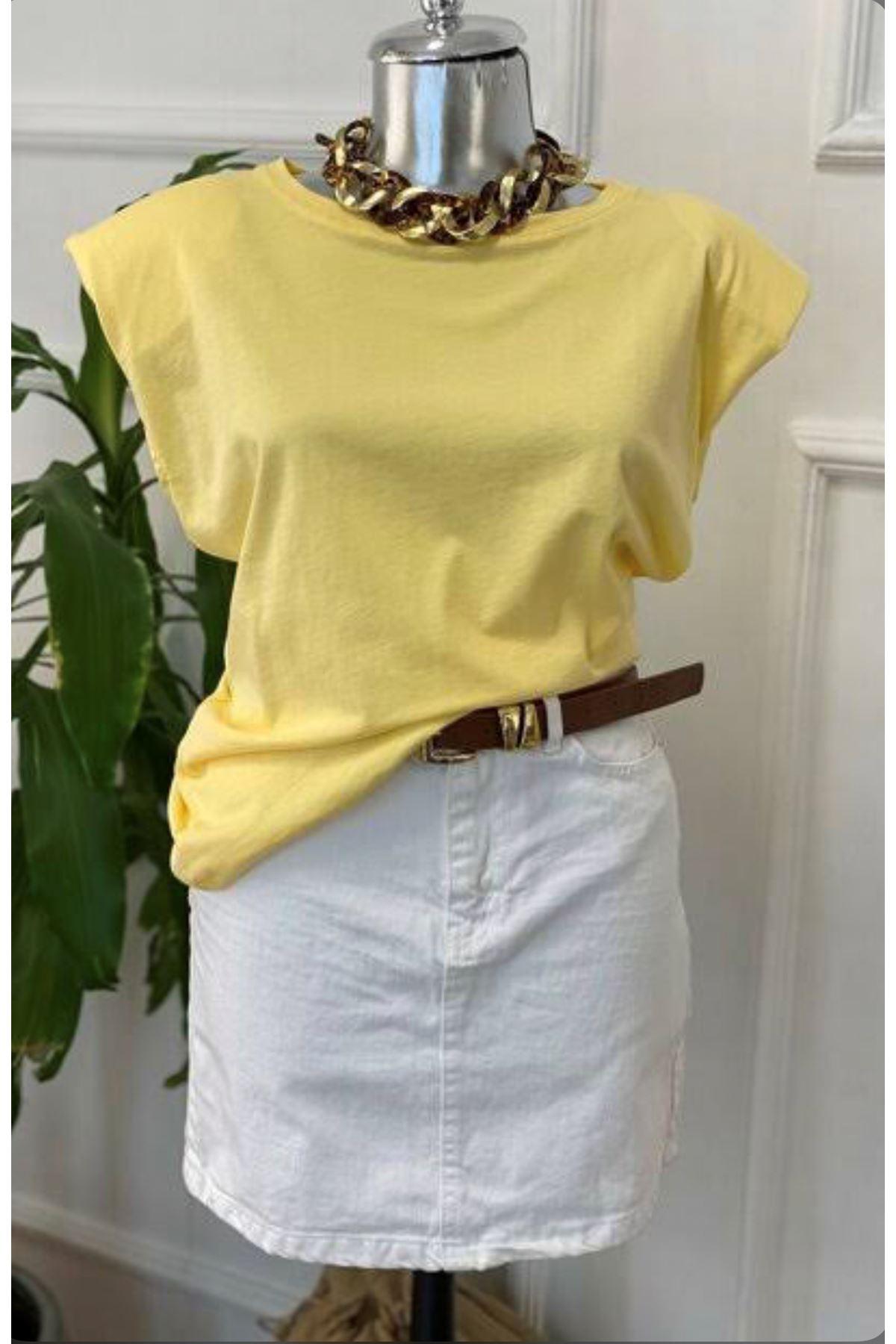 Vatka Detaylı Sarı Tshirt