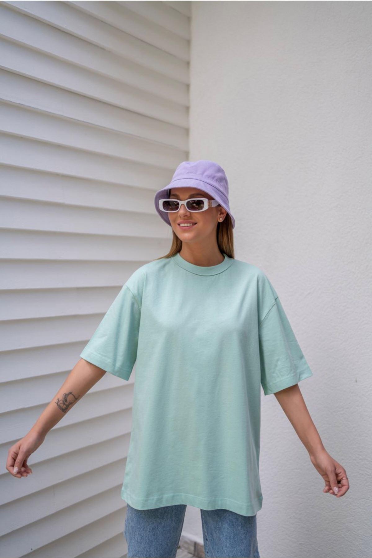 Mint yaka dikiş detaylı oversize basic tshirt