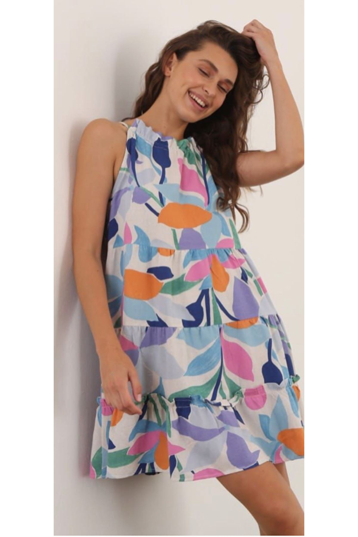 Renkli Çiçek Desenli Yakası Tünel Elbise