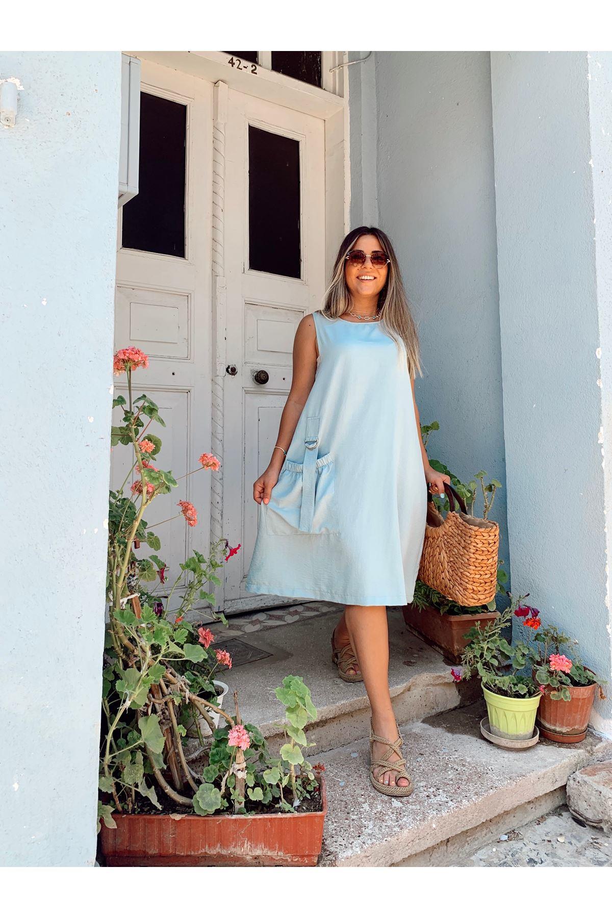 Rahat Kalıp Cep Detaylı Mavi Elbise
