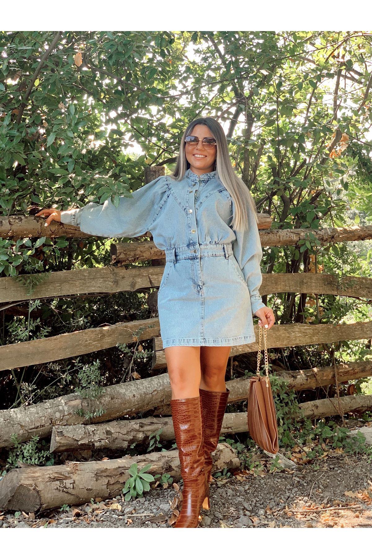 Hakim Yaka Denim Çıtçıt Detaylı Mini Elbise